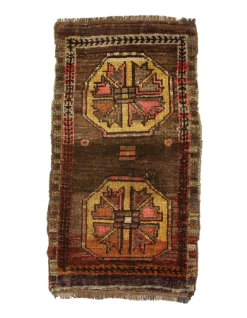 """Vintage Turkish Mini Wool Rug - 1`9"""" x 3`3"""""""