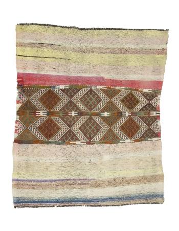 """Decorative Vintage Turkish Kilim Rug - 4`3"""" x 5`1"""""""