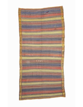"""Vintage Decorative Turkish Kilim Area Rug - 5`0"""" x 10`0"""""""