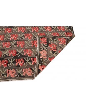 """Decorative Vintage Turkish Kilim Rug - 5`8"""" x 9`8"""""""
