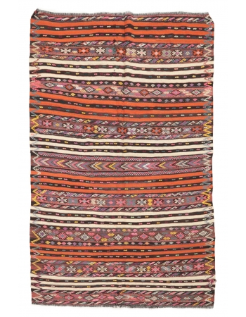 """Embroidered Vintage Turkish Kilim Rug - 6`5"""" x 9`7"""""""