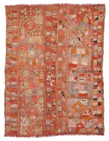 """Embroidered Vintage Arabi Kilim Rug - 4`7"""" x 6`1"""""""