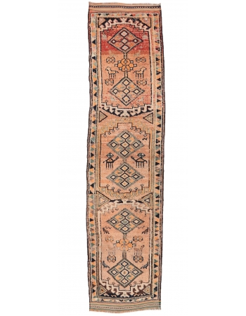 "Faded Vintage Decorative Runner - 3`1"" x 12`6"""