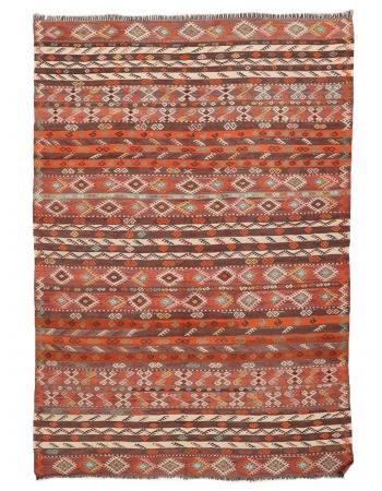 """Embroidered Vintage Kilim Rug - 6`8"""" x 8`11"""""""