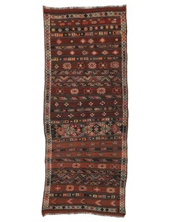 """Embroidered Vintage Turkish Kilim Rug - 4`6"""" x 10`10"""""""