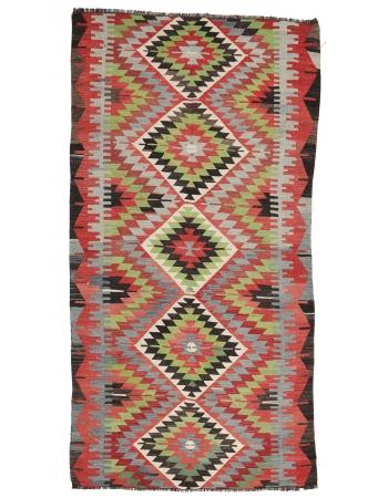 """Vintage Turkish Wool Kilim Rug - 5`0"""" x 9`10"""""""